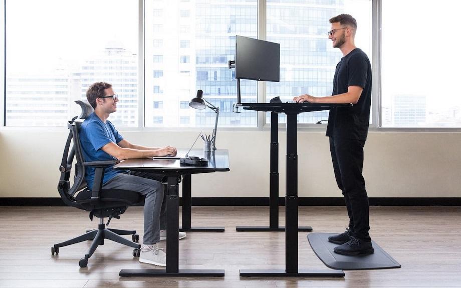 Những ưu điểm của bàn ghế chân sắt văn phòng của Nội thất Edesk